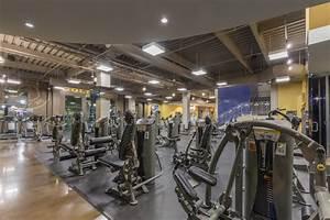 Valencia Gym Member Experience | Gold's Gym