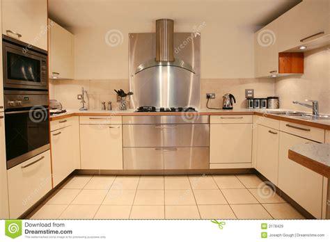 interieur cuisine intérieur de luxe moderne de cuisine images libres de