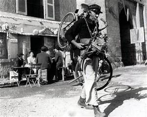 Jour De Fete Barentin : jour de f te jacques tati 1949 bfi celluloid ~ Dailycaller-alerts.com Idées de Décoration