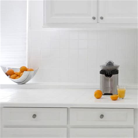 relooking cuisine facile repeindre les meubles cr 233 dences sol 233 lectrom 233 nager c 244 t 233 maison
