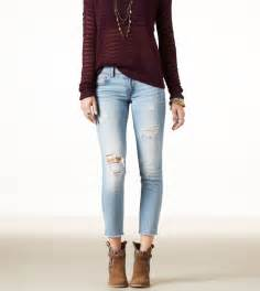 American Eagle Ripped Skinny Jeans Outfits