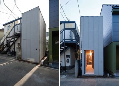 real slim shady hidden contemporary courtyard home