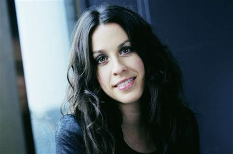 Alanis Morissette's former business manager embezzled ...