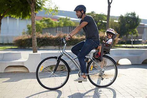 siège bébé remorque vélo emmener enfant en vélo quelles solutions