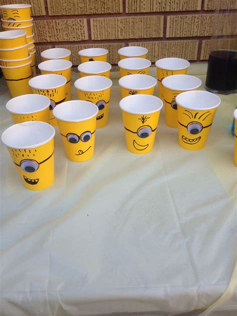 planning  fun party   minions  adorable diy