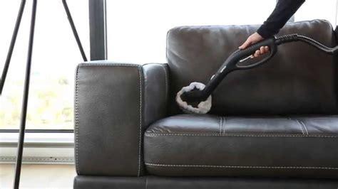 comment nettoyer un canap en cuir jaune nettoyer un canapé en cuir nettoyage d 39 un canapé dwého