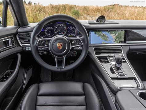 Find the latest interior, exterior and dashboard pictures of the new 2018 porsche panamera Porsche Panamera Turbo S E-Hybrid (2018) - picture 79 of 104 - 1024x768