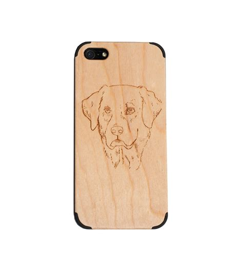 wooden iphone 5 cherry wood iphone 5 5s with labrador wooden gadgets