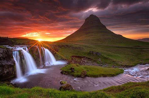 This brings the player to vulcan island shore. Fotos von Kirkjufell Island Vulkan Natur Wasserfall