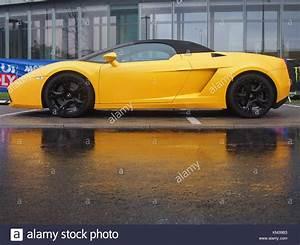 Lamborghini Gallardo Spyder Stock Photos & Lamborghini ...