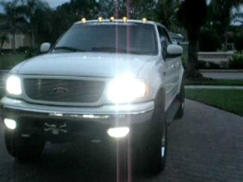 2001 ford f150 supercrew lariat 4x4 with clearance lights