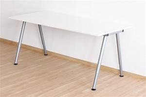 Doppel Schreibtisch Ikea : so unterscheidet sich der ikea thyge schreibtisch vom galant new swedish design ~ Markanthonyermac.com Haus und Dekorationen