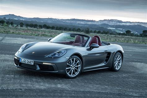 porsche 718 boxster 2017 porsche 718 boxster reviews and rating motor trend