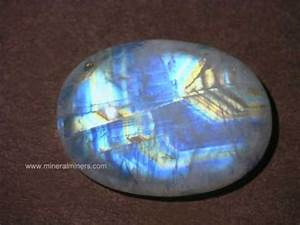 Moonstone Gemstones (natural rainbow moonstone)