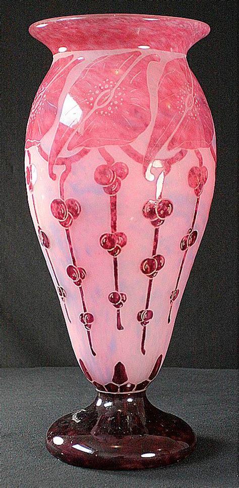 le verre francais le le verre francais large quot garances quot cameo vase by schneider from scholaertcassel on ruby