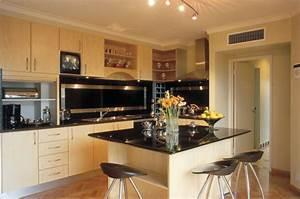 Fresh And Modern Interior Design Kitchen