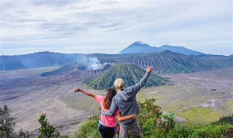 Mount Bromo Hike & Bromo Sunrise: Our DIY Guide