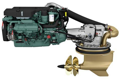 volvo penta motor new volvo penta 8 0 litre marine engine on show boatadvice