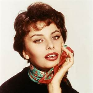 Sophia Loren   13 of the 1950s' Most Iconic Hairstyles ...