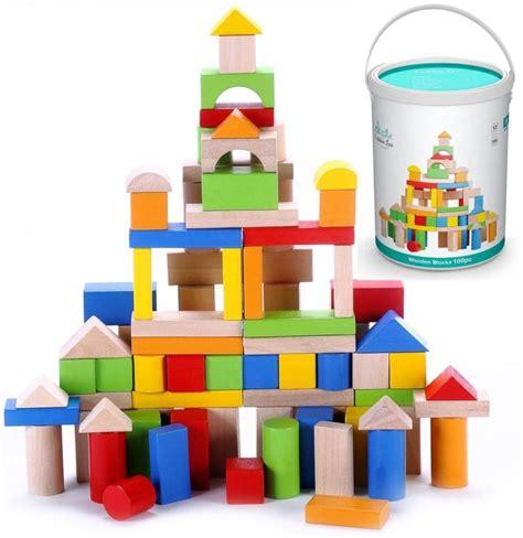 top 25 educational toys for preschoolers weareteachers 748 | 1. Wooden Blocks 800x824