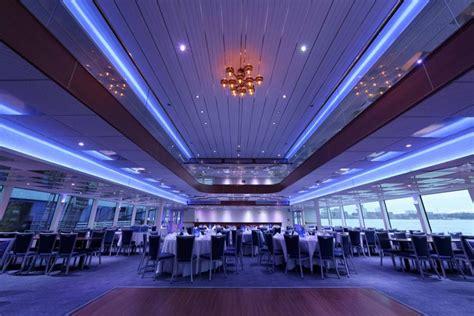 Fishing Boat Rental New York by Luxury Boat Rentals New York Ny Custom Mega Yacht 830