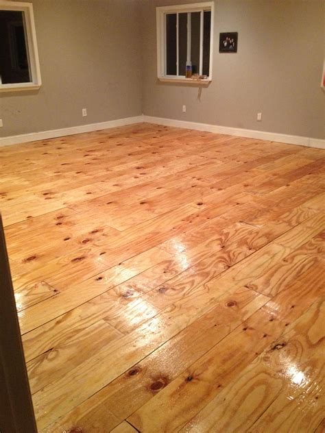 Flur Diy by Diy Plywood Plank Floor Hearth And Home