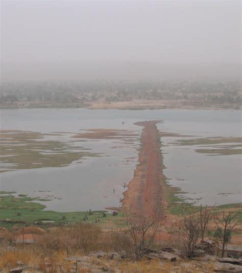 la pollution est une fatalite du monde moderne photo les les plus pollu 233 s au monde l industrie p 233 troli 232 re est l une des principales