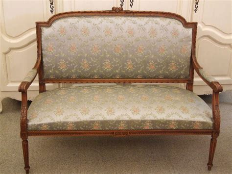 White Settee Bench by Settee Bench White Color Paristriptips Design Settee