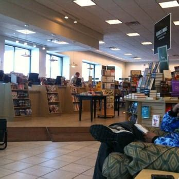 barnes and noble grand rapids barnes noble booksellers newsagents 3700 rivertown