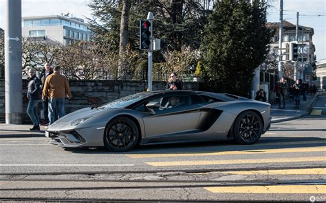 lamborghini aventador s roadster technische daten lamborghini aventador s lp740 4 roadster 4 march 2018 autogespot