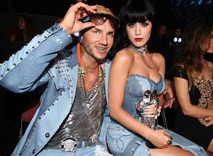 Katy Perry's Riff Raff fun - Emirates 24|7