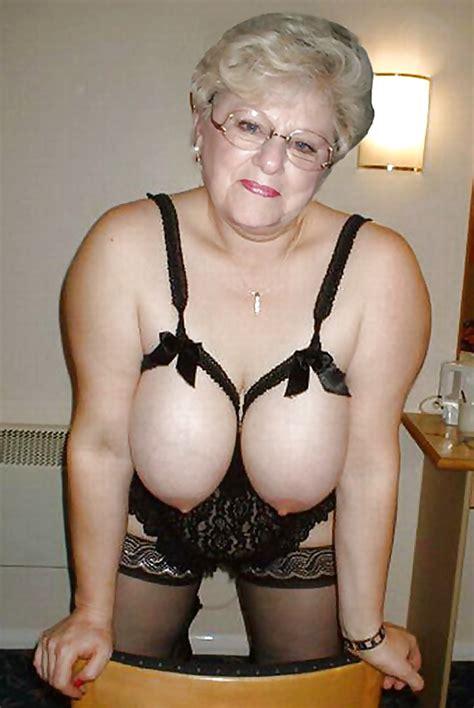Slutty Grannies Pics