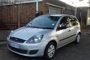 2007 Ford Fiesta 1 4 5 Door Ambiente Hatchback   Petrol