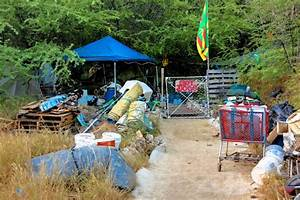 THE OTHER SIDE OF PARADISE: Inside Hawaii's Giant Homeless ...