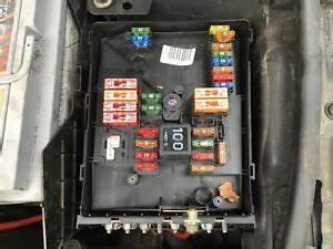Audi Fuse Box : audi a3 2005 2008 2 0 tdi fuse box in engine bay ebay ~ A.2002-acura-tl-radio.info Haus und Dekorationen