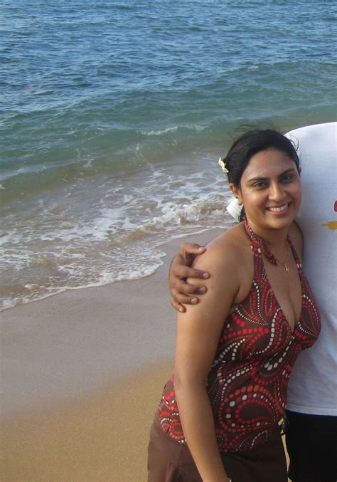 Indian Goa Beach Down Blouse Girl Hd Latest Tamil