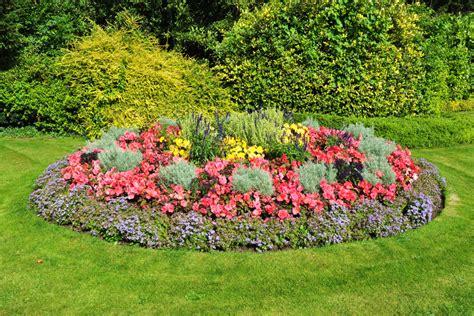 Blumenbeet Rund Anlegen » Schöne Ideen Zur Gestaltung