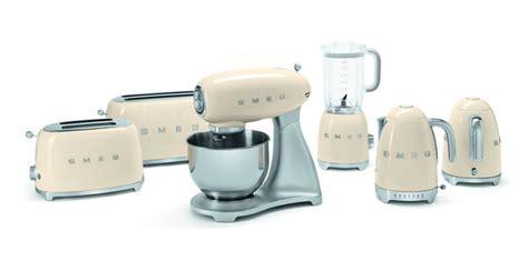 nostalgic kitchen accessories 50s vintage kitchen accessories retro kitchen appliances 1115