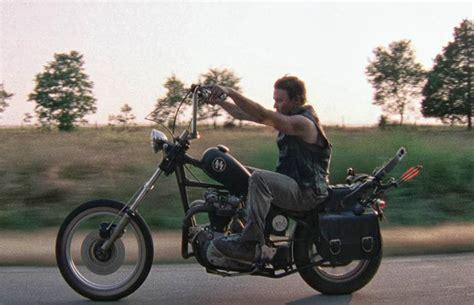Tailler La Route Avec La Custom De The Walking Dead