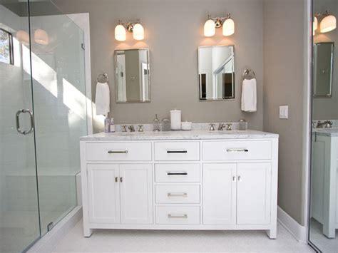 Undermount kitchen lights, light gray bathroom vanities