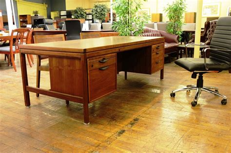 40884 mid century modern office furniture special mid century modern office desk