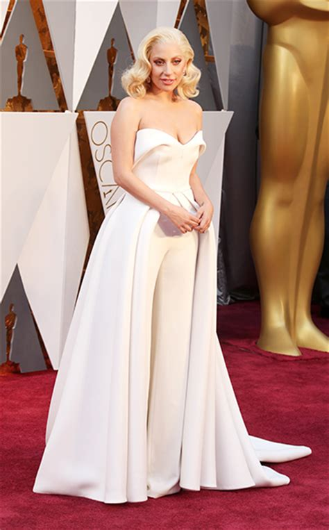 Best Dressed Celebrities For The Oscar Night
