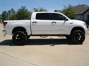 2015 Toyota Tundra Lifted Pictures   Autos Post