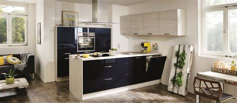 modele cuisine aviva cuisine contemporaine avec îlot cuisines cuisiniste aviva