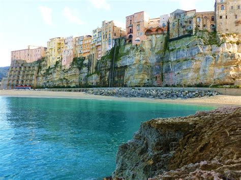Travel guide to Tropea, Italy