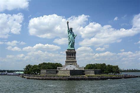 tallest statues   united states worldatlascom