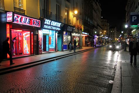 rue saint denis paris france rue saint denis