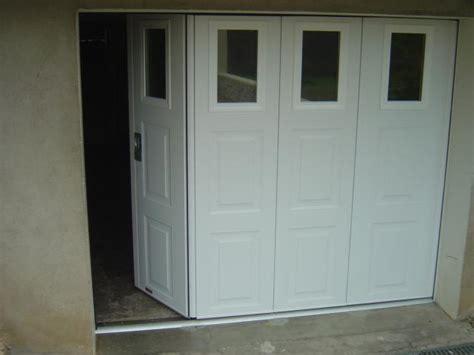 porte de garage coulissante motorisee avec portillon 49 ouest ouvrage menuserie alu pvc entre angers et saumur