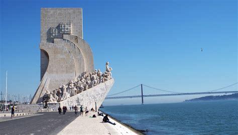 Sei que o douro é uma região imensa para se conhecer e onde nem eu sei muito bem por onde começar, quando tenho de dar dicas do que visitar. O que fazer em Lisboa em 5 dias: roteiro completoVou na ...