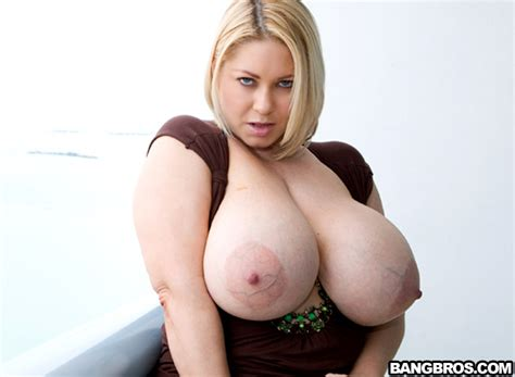 Sex In The City Big Tits Round Asses Bangbros